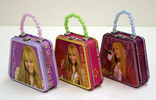 One Hannah Montana Tin Purse