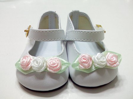White Rose Toed Shoes/