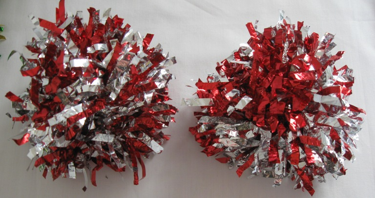 Set of 2 pom poms. Matallic Red-Silver