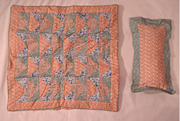 Triangle Patchwork Quilt /