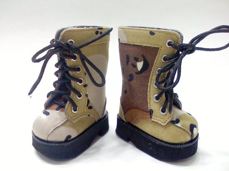 Desert Camouflage Boots /